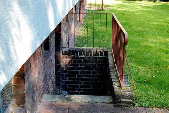 trappe til kælderen